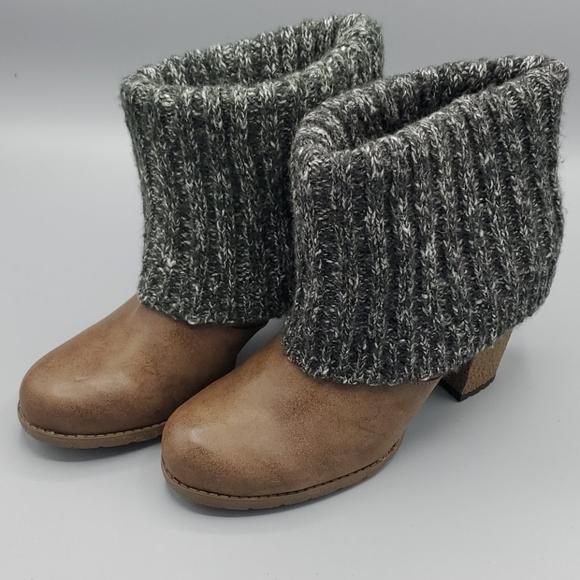 Muk Luks Fold Over Sweater Heels Brown 9